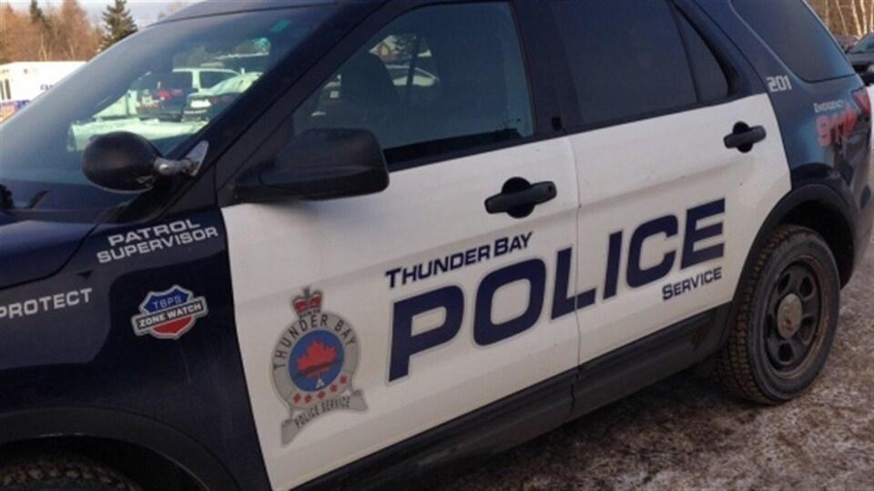 Une voiture de la police de Thunder Bay.