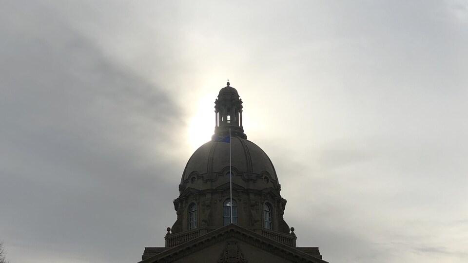Vue du dôme de l'assemblée albertaine à Edmonton.