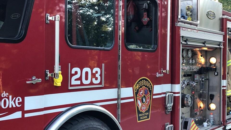 Un camion du Service de protection contre les incendies de Sherbrooke.