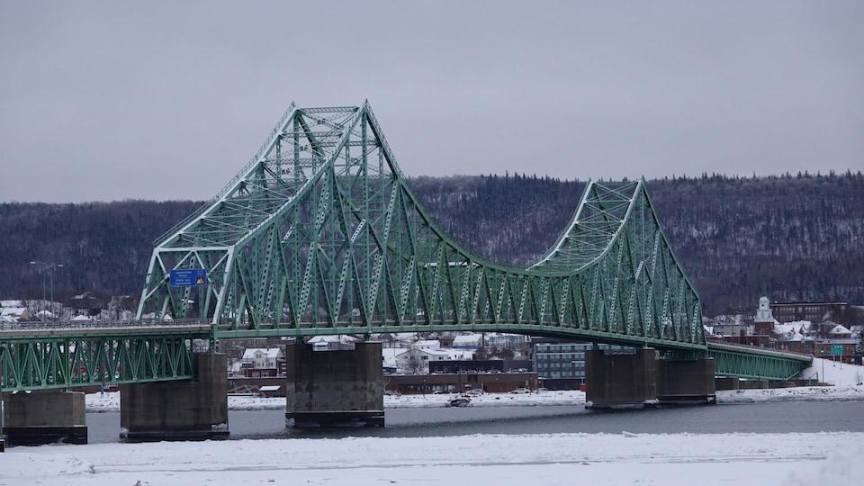 Le pont J.C. Van Horne.