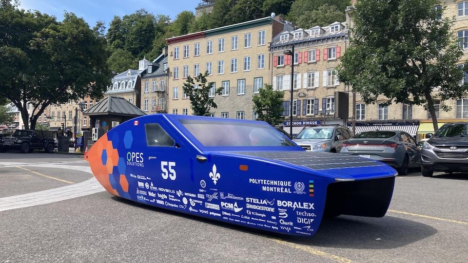 Le prototype de voiture électrique dans le Vieux-Québec.