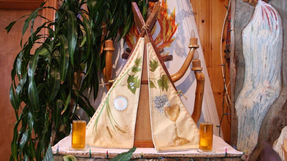 Un tabernacle en forme de tente.