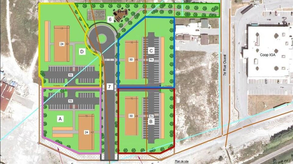 Un plan montre quatre blocs de logements et quatre stationnements ajdacents.