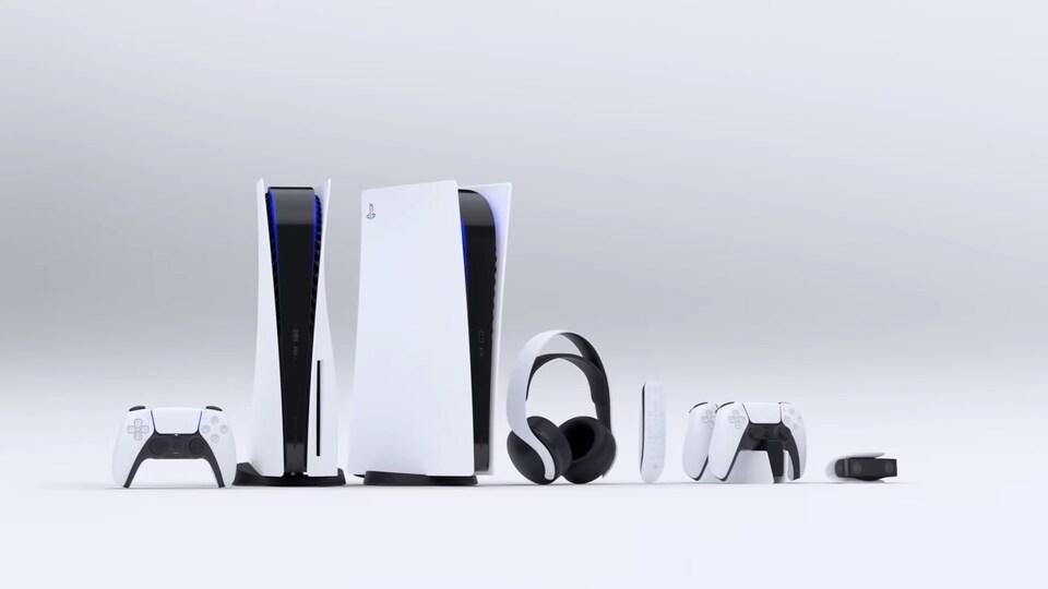 Une manette, deux consoles, un casque audio, une manette multimédia, deux manettes de jeu et une caméra HD, sur fond blanc.