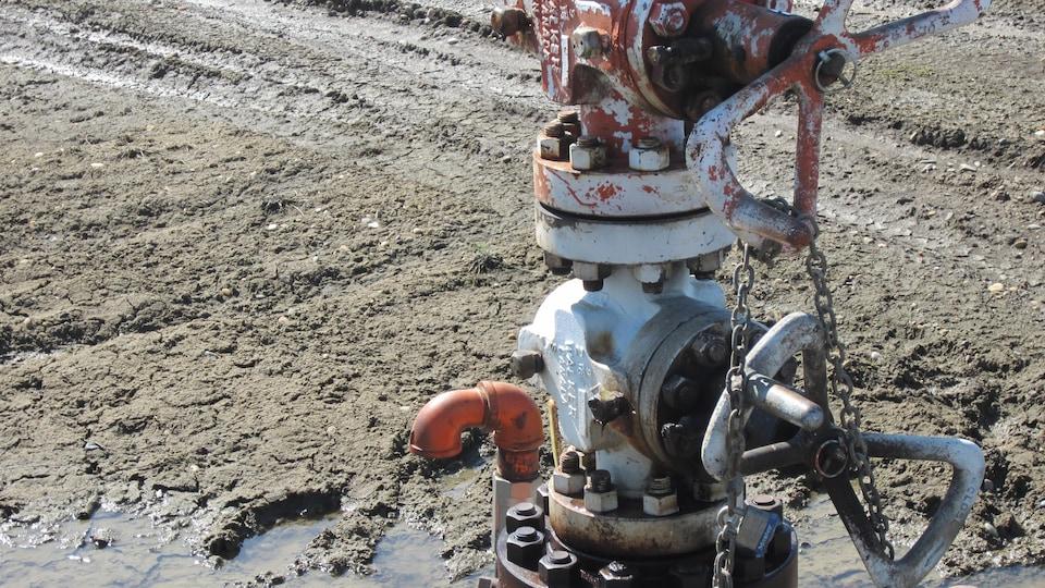 Un puits de gaz de schiste dans le nord-est de la Colombie-Britannique