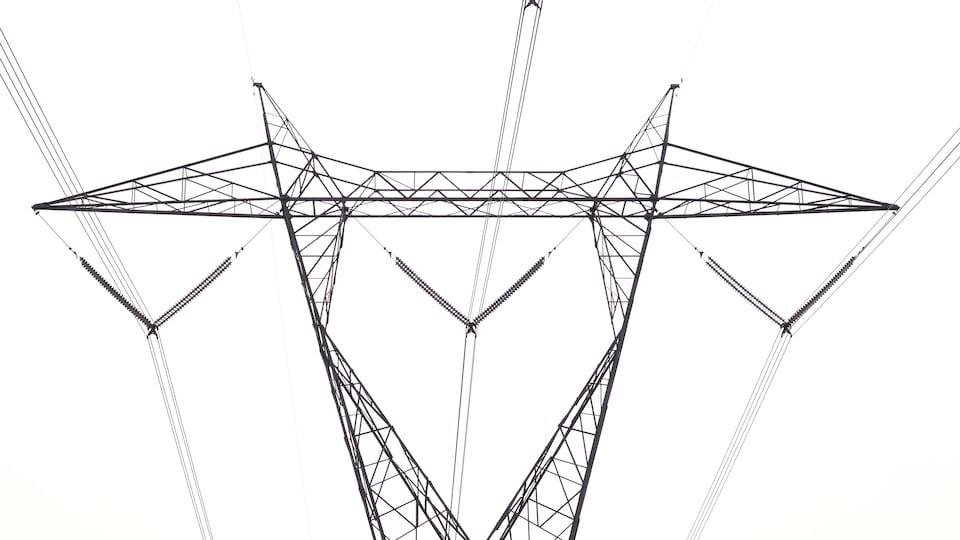 Une pylône électrique d'Hydro-Québec