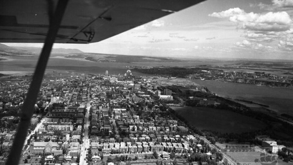 Une vue aérienne de Montcalm vue de Saint-Sacrement