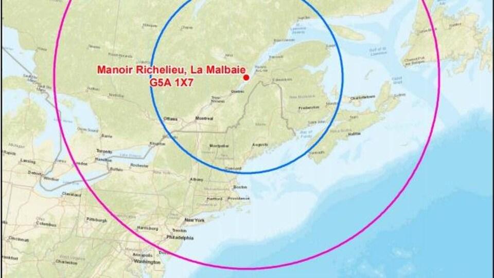 Une carte montrant des rayons de 500 km et 1000 km autour de La Malbaie