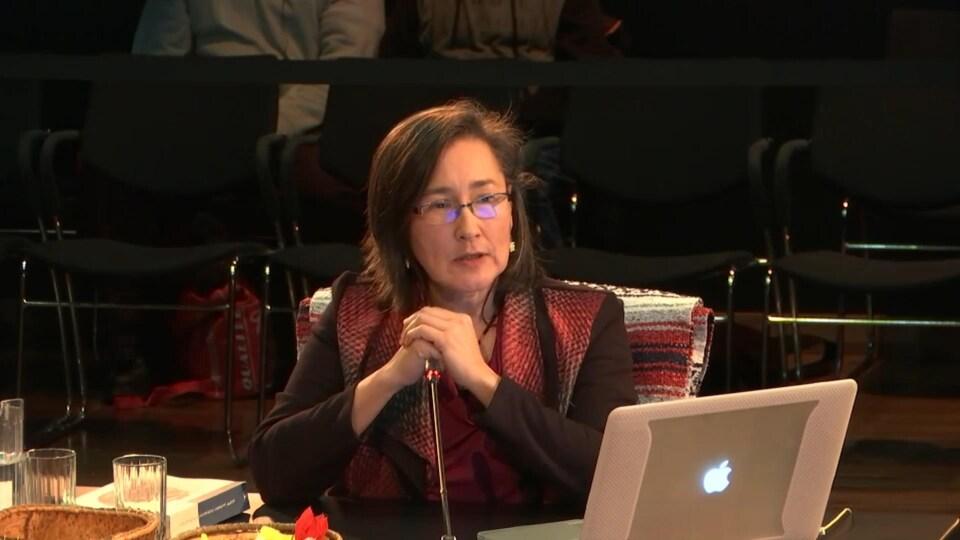 Lisa Qiluqqi Koperqualuk a témoigné vendredi à la commission Viens.