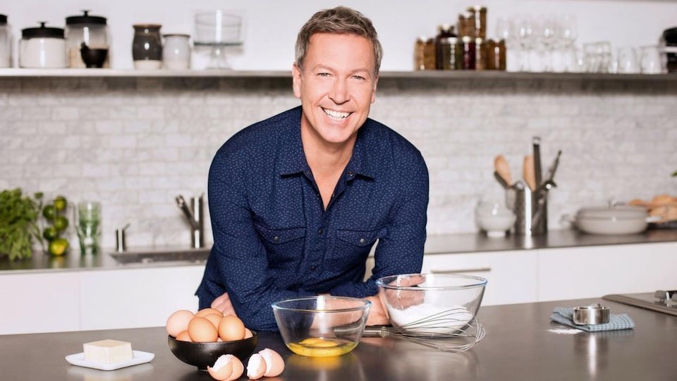 Photo de Ricardo dans sa cuisine
