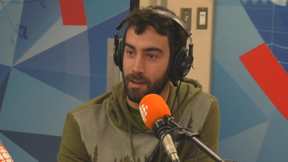 Rodrigue Turgeon en studio.