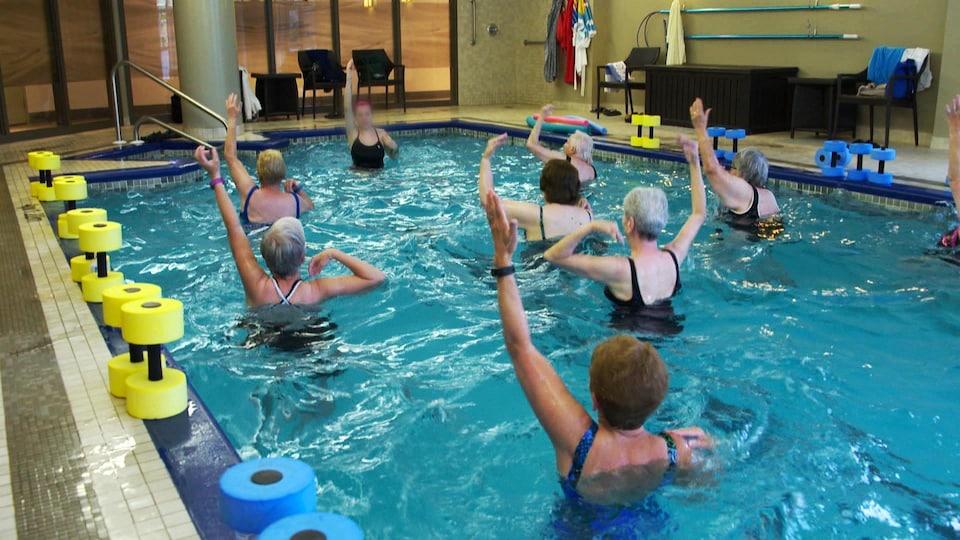 Une classe de natation.