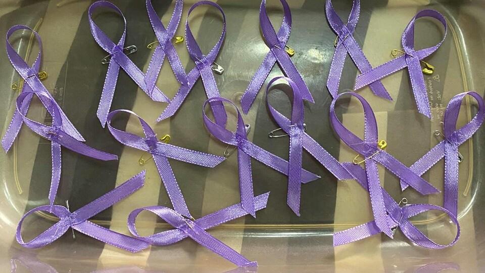 Le violet est la couleur préférée de Madison.