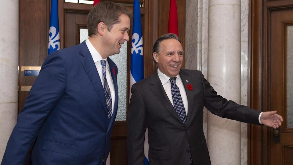 Andrew Scheer et François Legault sourient