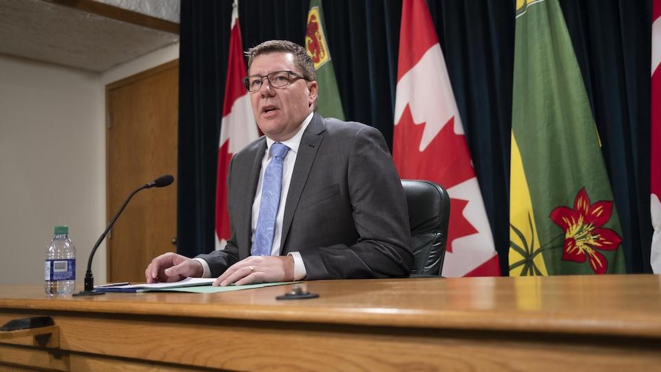 Scott Moe lors d'une conférence de presse à l'Assemblée législative (archives).