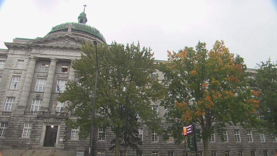 Façade du Séminaire Saint-Joseph.