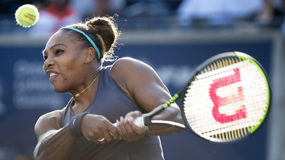 Tennis: Serena Williams abandonne à Toronto, Andreescu couronnée