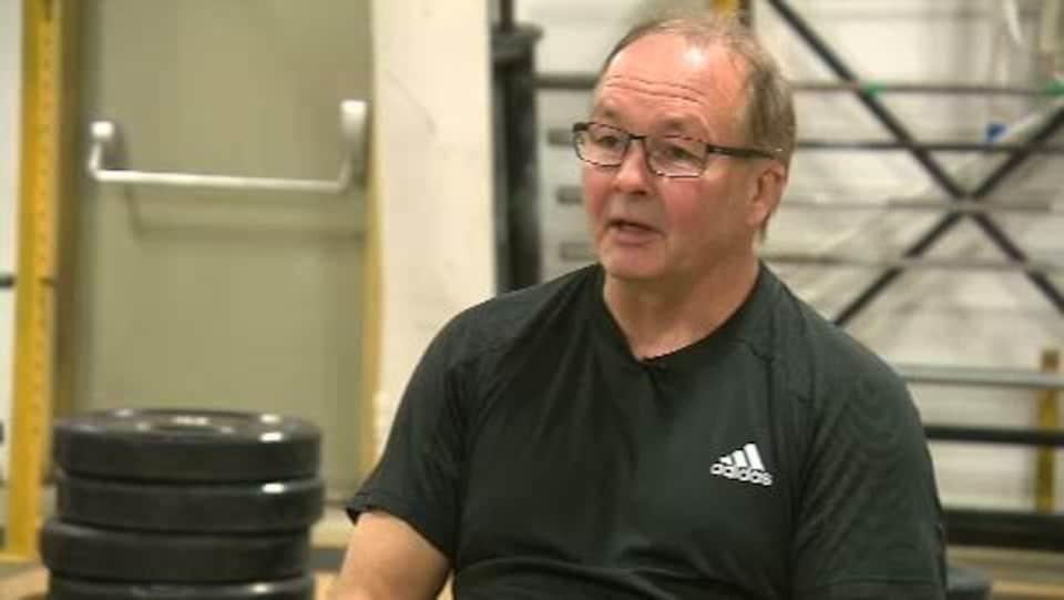 Serge Chrétien, entraîneur des haltérophiles Maude Charron et Simon Pratte de Rimouski