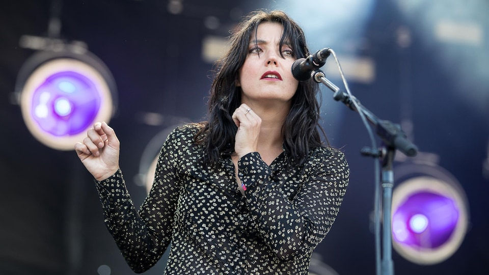 Sharon Van Etten en concert à Osheaga 2019