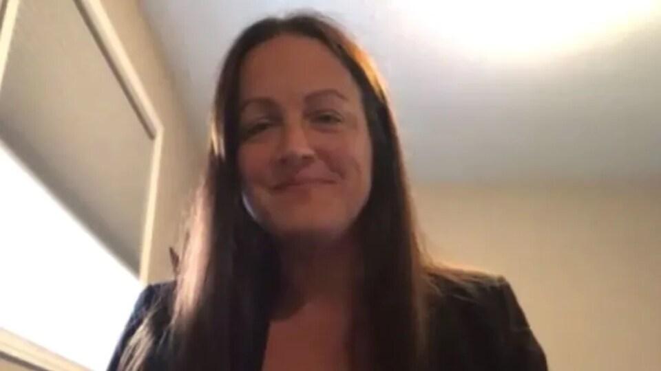 La conseillère Sherry Bondy en entrevue par visioconférence.