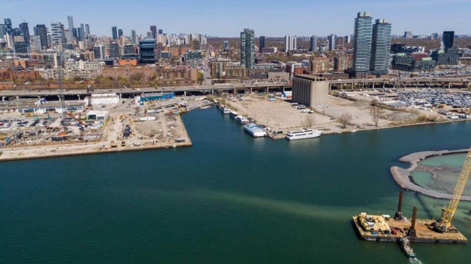 Vue aérienne d'un secteur riverain