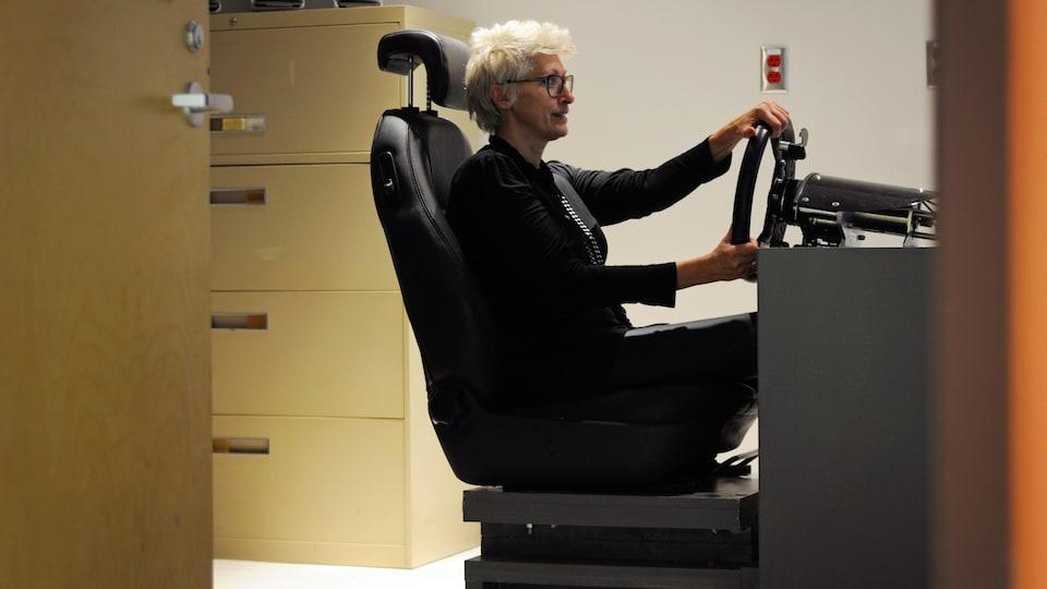 Le simulateur automobile installé au Centre de recherche du CHUS.