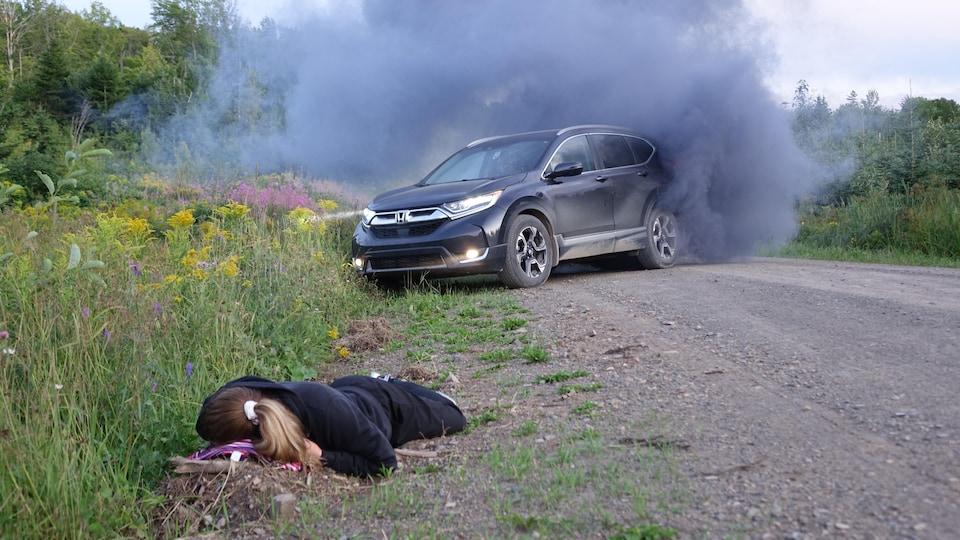 La première partie de la situation comprend un accident de la route.