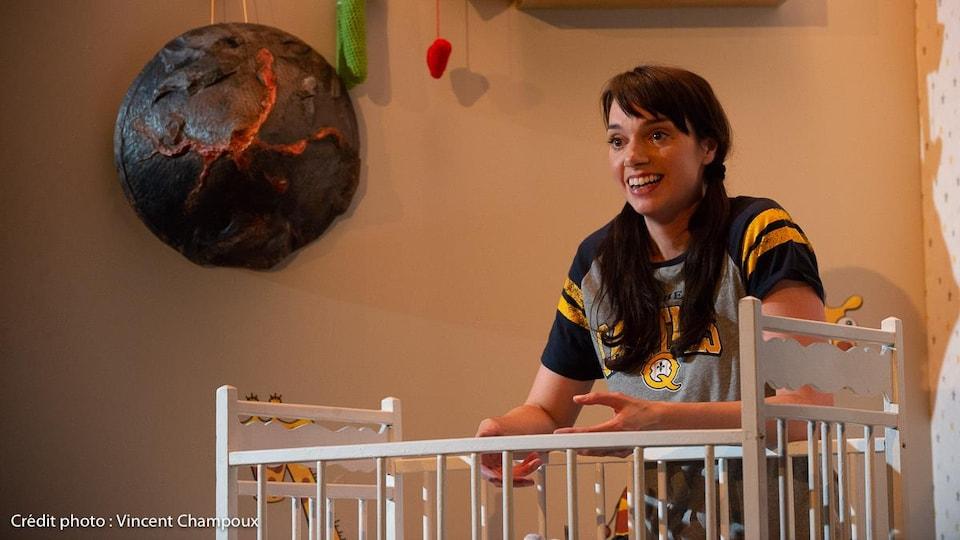 La comédienne Frédérique Bradet dans le rôle de Joëlle dans la pièce « Singulières ».