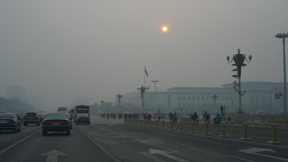 https://images.radio-canada.ca/q_auto,w_960/v1/ici-info/16x9/smog-pekin-chine.jpg
