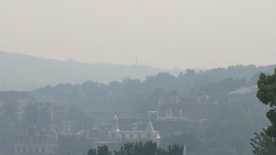 Sherbrooke sous le smog.