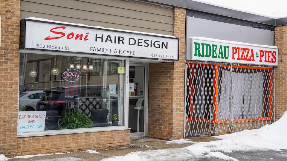 La façade du salon de coiffure d'Ottawa.