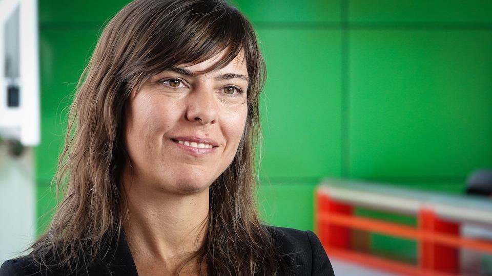 La réalisatrice Sophie Deraspe en entrevue avec Radio-Canada Ontario.