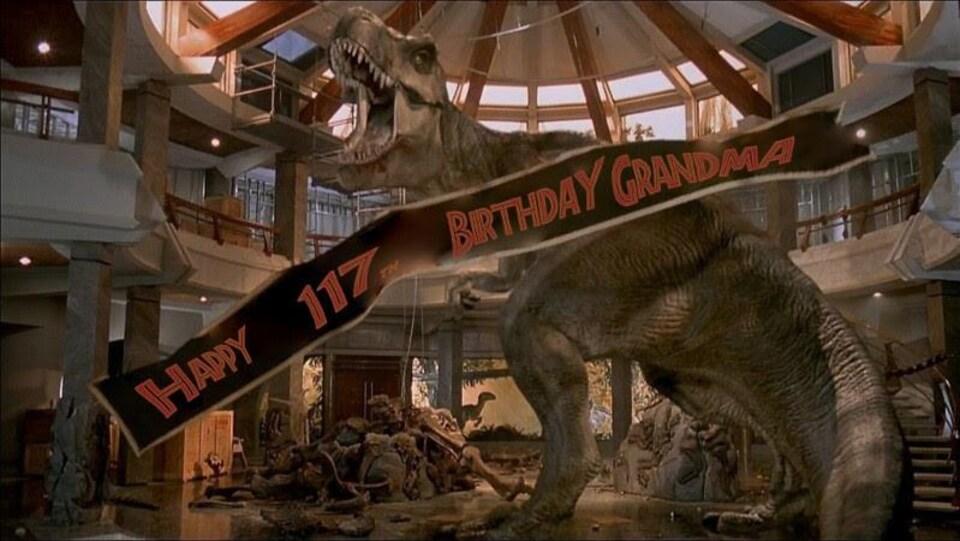 Un Tyranosaurus Rex dans une galerie