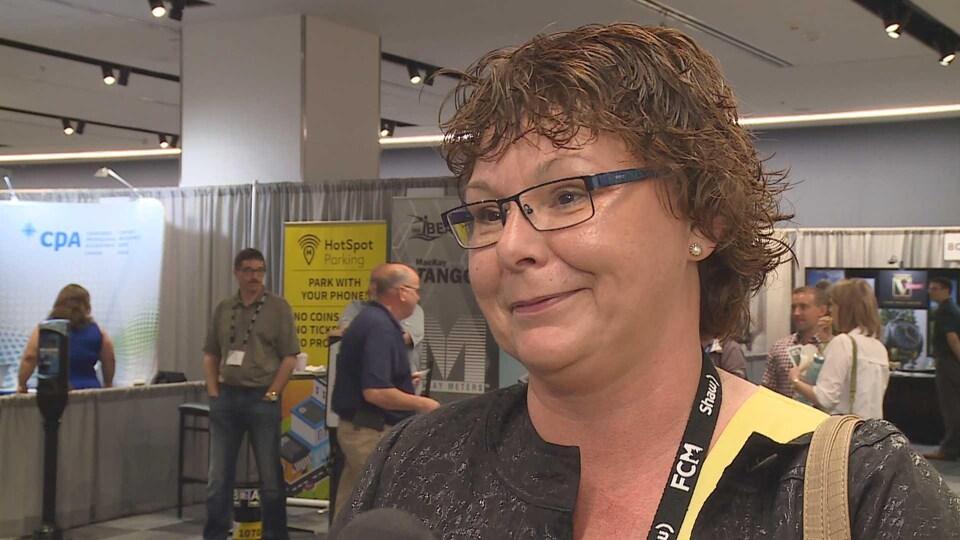Stephanie Anglehart-Paulin au congrès de la Fédération canadienne des municipalités en juin 2018 à Halifax.