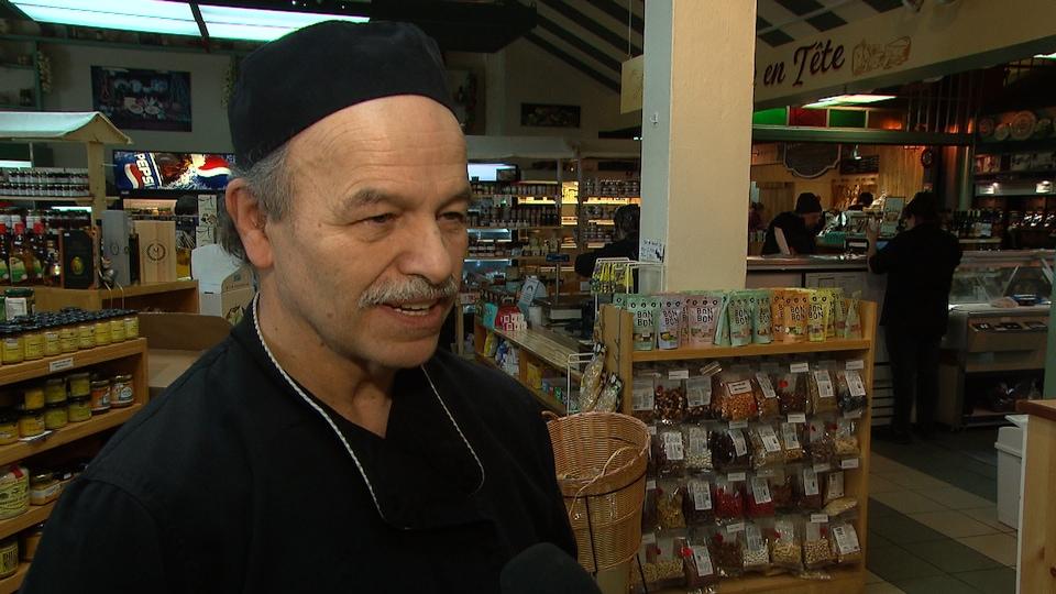 Sylvain Brillant, propriétaire de la Boucherie des Halles.
