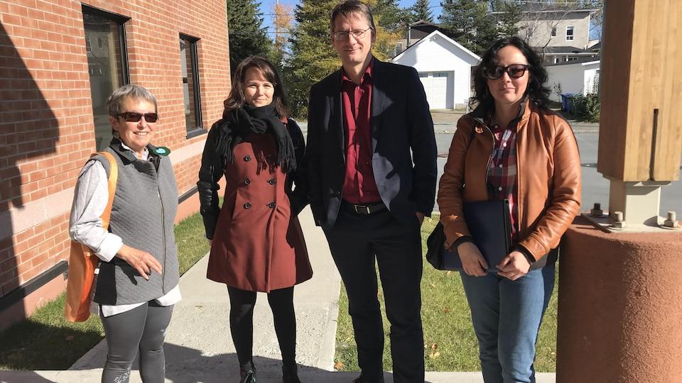 Le député du Parti québécois Sylvain Gaudreault, était à Rouyn-Noranda pour rencontrer le comité citoyen ARET.