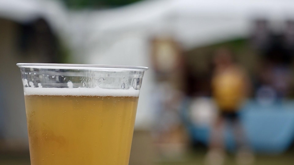 Une bière.