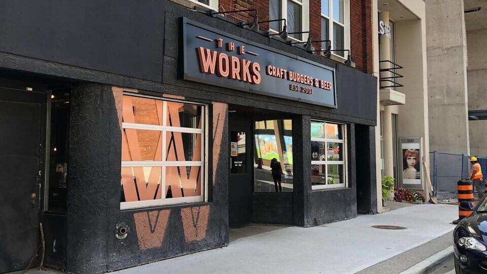 La façade d'un restaurant