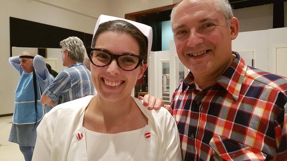 À gauche Emmanuelle Belleau conseillère en communication chez Consortium.coop alias l'infirmière Ratched et e pneumologue Frédéric Sériès alias Randall Patrick McMurphy