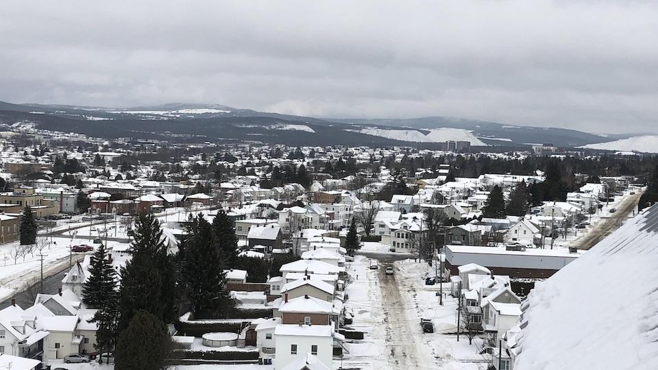 Une vue générale de Thetford Mines le 10 décembre 2019