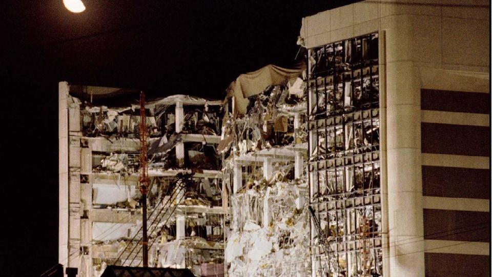 Un bâtiment détruit.