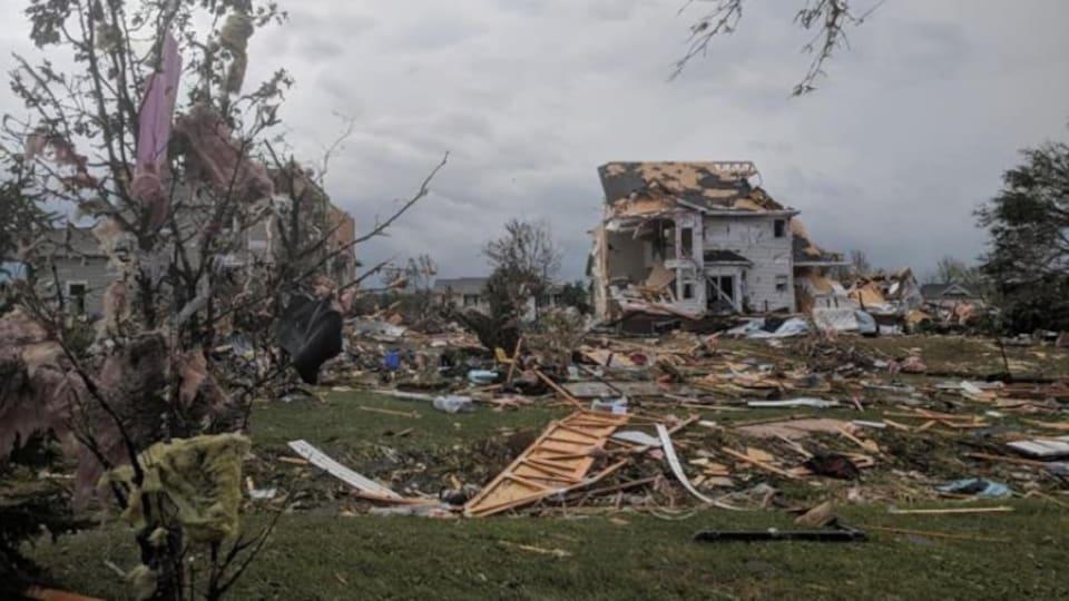 Une maison endommagée.
