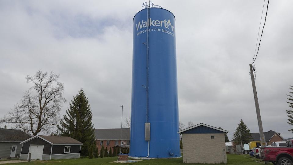 La tour d'eau bleue de Walkerton.