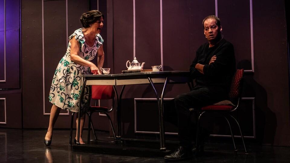 Lyne Rochette et Donald Renault sur la scène.