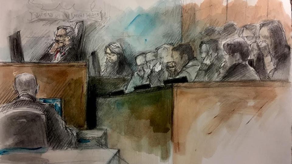 On voit une illustration judiciaire de la détective Julia Lee de la Police de Toronto à la barre du procès des deux accusés.
