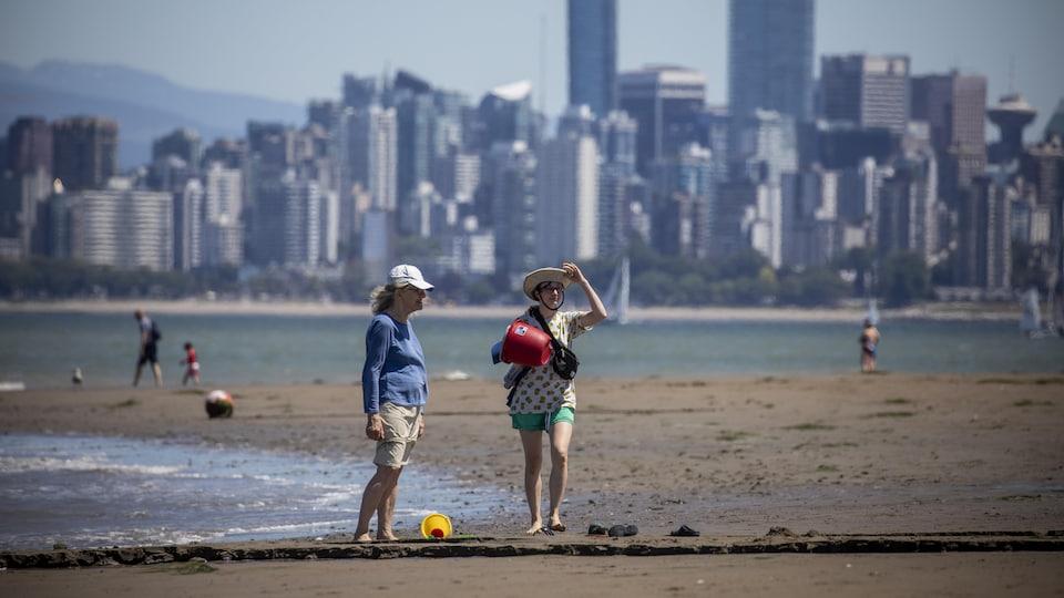 Canicule en C.-B. : la coroner en chef enquête après 233 morts subites en 4  jours | Radio-Canada.ca