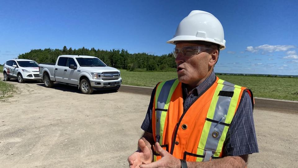 Le président Rémy Boulianne sur le chantier d Val-Éo.