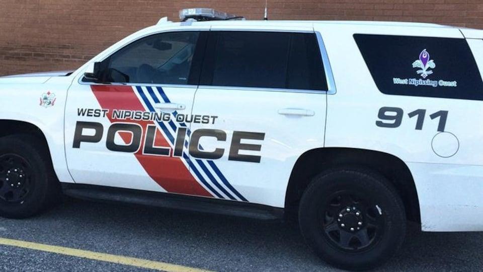 Un véhicule de la police de la municipalité de Nipissing Ouest.