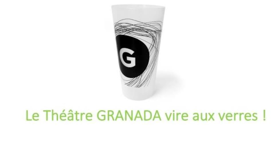 Le verre réutilisable du Théâtre Granada.