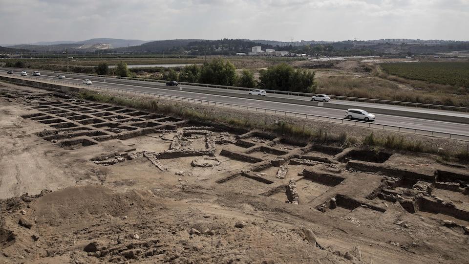 Vue générale d'une grande ville vieille de 5 000 ans dans le nord d'Israël.